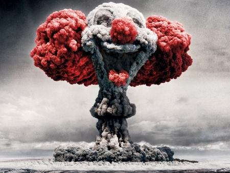 Les implications d'un éventuel contact avec des Extraterrestres - Page 3 Clown_nucleaire